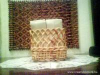Anyák napi pályázat - Papírzsebkendő tartó csuhéból - Kész
