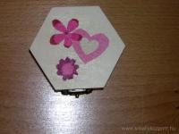 Anyák napi pályázat - Díszes dobozka anyák napjára