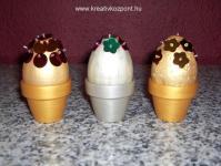 Húsvéti pályázat - Arany, ezüst húsvéti tojások, kis cserepekben
