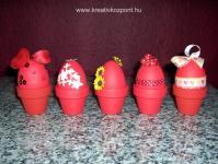 Húsvéti pályázat - Piros húsvéti tojások, kis cserepekben