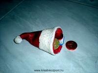 Karácsonyi pályázat - Mikulás sapkája só-liszt kerámiából - Kész