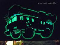 Viágító festék pályázat - Világító tűzoltóautó - Sötétben